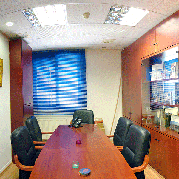 Office for sale, 125 sqm, first floor located on klafthmonos square Athens